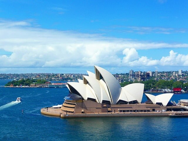 TRAVELLING AUSTRALIA REASONS WHY AUSTRALIA SHOULD BE ON EVERY TRAVELLERS LIST
